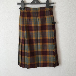 タータンショップヨーク(TARTANSHOP YORK)のヨークランド タグ付きスカート(ひざ丈スカート)