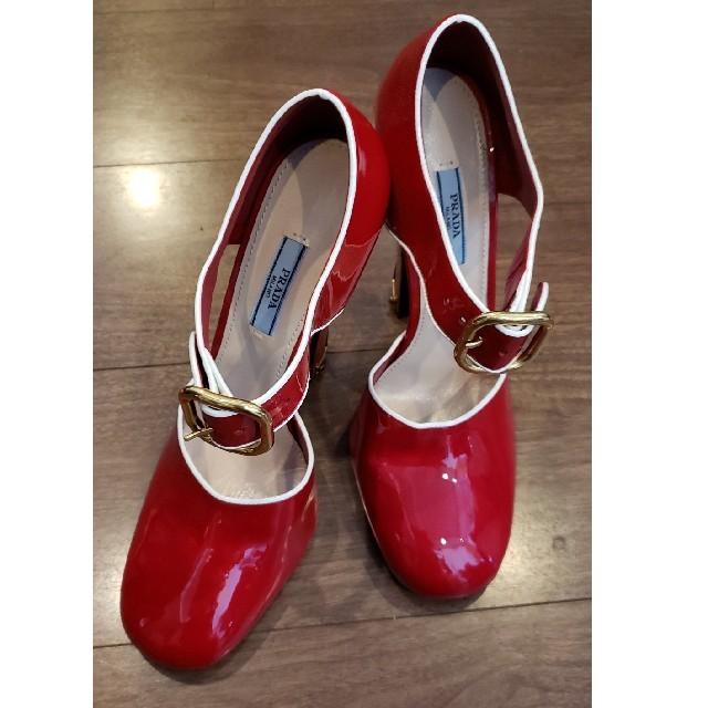 PRADA(プラダ)のPRADA プラダ レッド ハイヒール レディースの靴/シューズ(ハイヒール/パンプス)の商品写真