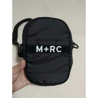 ノワール(NOIR)のmrcnoir M+RC ショルダーバッグ黒(ショルダーバッグ)