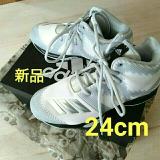 アディダス(adidas)のadidas バスケットボールシューズ 24.0cm(バスケットボール)
