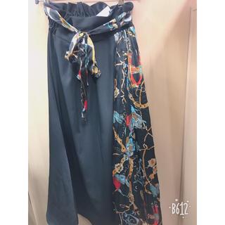 シマムラ(しまむら)の完売商品‼️スカーフ柄切り替えスカート(ロングスカート)