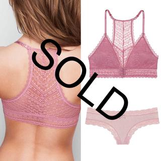 ヴィクトリアズシークレット(Victoria's Secret)の新品❤️ヴィクトリアシークレットレース ブラ ラメ ショーツ セット ピンク系(ブラ&ショーツセット)