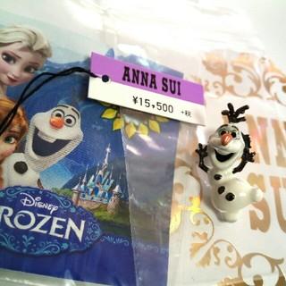 ディズニー(Disney)の【新品】ディズニー ANNA SUI×アナ雪 オラフのピンブローチ(ブローチ/コサージュ)