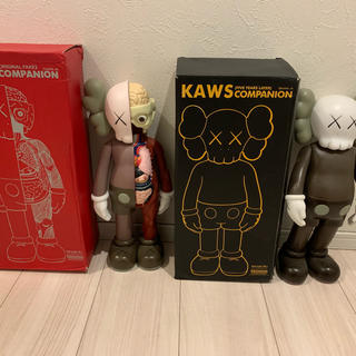 メディコムトイ(MEDICOM TOY)のkaws フィギュア 人形 2体セット(SF/ファンタジー/ホラー)