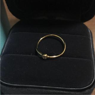 ティファニー(Tiffany & Co.)のティファニー K18 ウェーブ シングル ロウ リング(リング(指輪))
