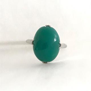 大きなグリーンのリング(リング(指輪))