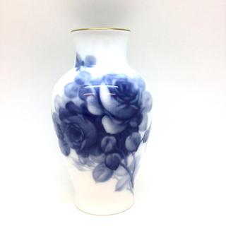 オオクラトウエン(大倉陶園)の大倉陶園 花瓶 ブルーローズ(花瓶)