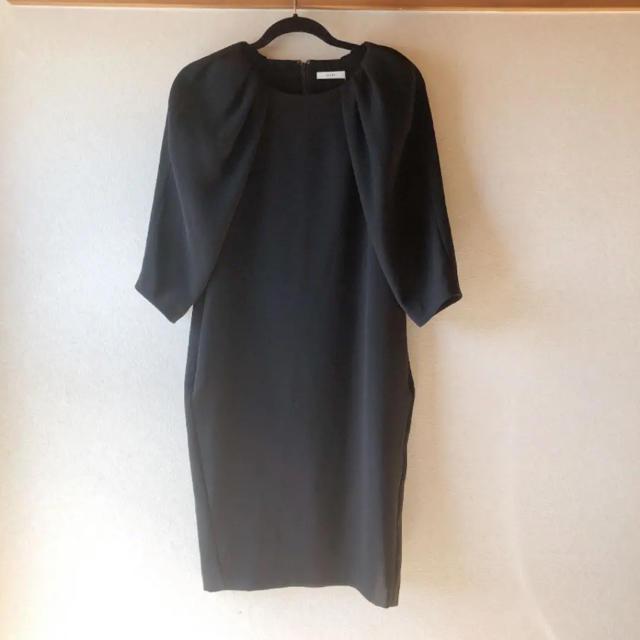 ENFOLD(エンフォルド)のCLANE(クラネ) ワンピース 黒ドレス 袖あり レディースのワンピース(ロングワンピース/マキシワンピース)の商品写真