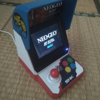 ネオジオ(NEOGEO)のネオジオミニ NEOGEO mini(家庭用ゲーム本体)