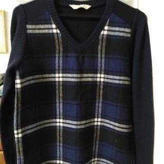 トラッゾドンナ(TORRAZZO DONNA)のチェックニットセーター〈ネイビー〉(ニット/セーター)