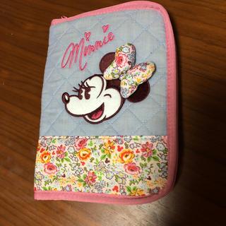 ディズニー(Disney)のミニーちゃん花柄マルチケース(母子手帳ケース)