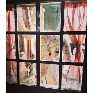 unmagoDOLL   ドールハウス 格子窓 マントルピース ウサギトルソー(家具)