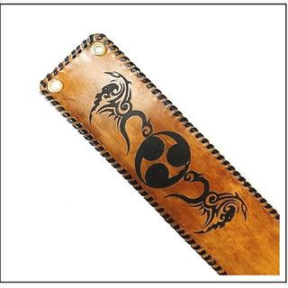 三線 胴巻き ティーガー 高級本牛革 レザーバーニング 御紋+トライバル(三線)