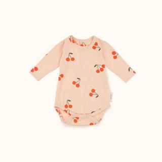 キャラメルベビー&チャイルド(Caramel baby&child )のTiny cottons 今季 チェリー柄ロンパース 12/18m(ロンパース)
