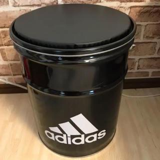 アディダス(adidas)のアディダス缶(クッション付き)(その他)