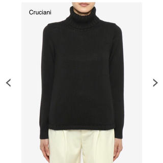 【新品未使用】cruciani 黒タートルセーター