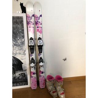 ケーツー(K2)のK2スキーとハードブーツ(板)