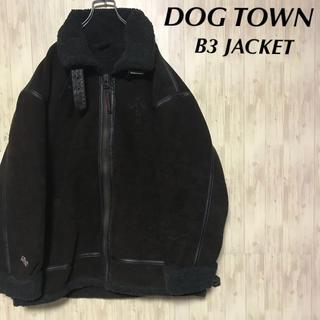 ドッグタウン(DOG TOWN)の美品 DOGTOWN B3ジャケット 裏ボア 刺繍ロゴ(フライトジャケット)