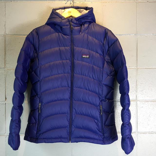 patagonia(パタゴニア)のpatagonia パタゴニア ダウンセーター フーディ 84905 レディースのジャケット/アウター