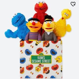 SESAME STREET - 最安値 カウズ x セサミストリート トイ コンプリートボックス