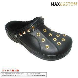クロックス(crocs)のクロックス crocs パンク カスタム 黒 金 ボア付 22~28cm 新品(サンダル)