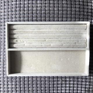 ムジルシリョウヒン(MUJI (無印良品))の無印良品 アクリルケース用 ベロア内箱仕切 大(小物入れ)