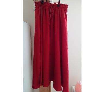 アフリカタロウ(AFRICATARO)の新品☆赤いロングスカート♪(ロングスカート)