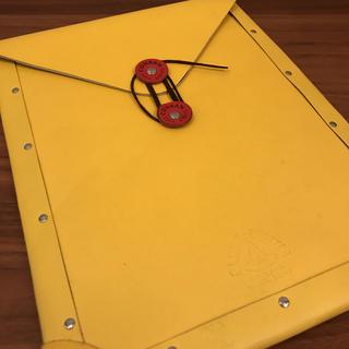グローブトロッター(GLOBE-TROTTER)の美品 送料無料 書類ケース A4 グローブトロッター コンランショップ コラボ(トラベルバッグ/スーツケース)