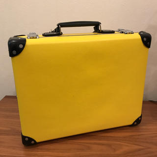 グローブトロッター(GLOBE-TROTTER)の美品 送料無料 グローブトロッター ブリーフ ビジネス ケース(ビジネスバッグ)