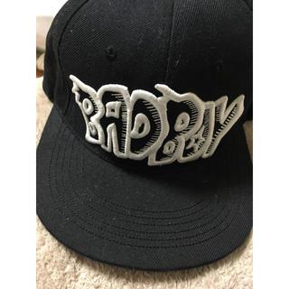 バッドボーイ(BADBOY)のジヨン着用 BAD BOYキャップ(キャップ)
