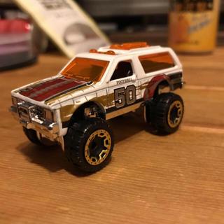 シボレー(Chevrolet)のシボレー ブレイザー 四駆 アメ車 ミニカー インチアップ クロカン(ミニカー)