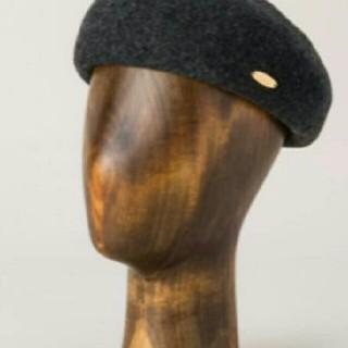 バーバリーブルーレーベル(BURBERRY BLUE LABEL)のクレストブリッジ ブルーレーベル チャコールグレー☆大人気☆ベレー帽(ハンチング/ベレー帽)