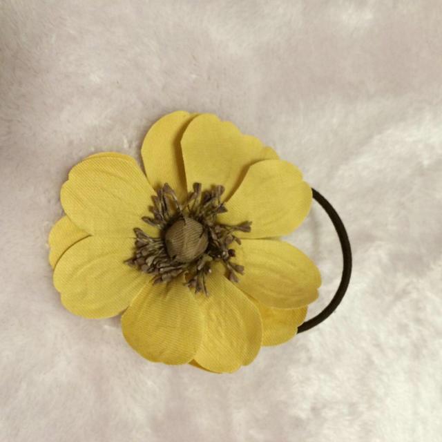 SM2(サマンサモスモス)のsuu様専用 SM2 お花のヘアゴム♡ レディースのヘアアクセサリー(ヘアゴム/シュシュ)の商品写真