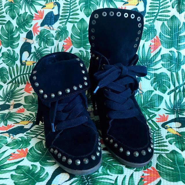 ASH(アッシュ)のセールアッシュ ASH 美品 インヒール 24.5cm レディースの靴/シューズ(ハイヒール/パンプス)の商品写真