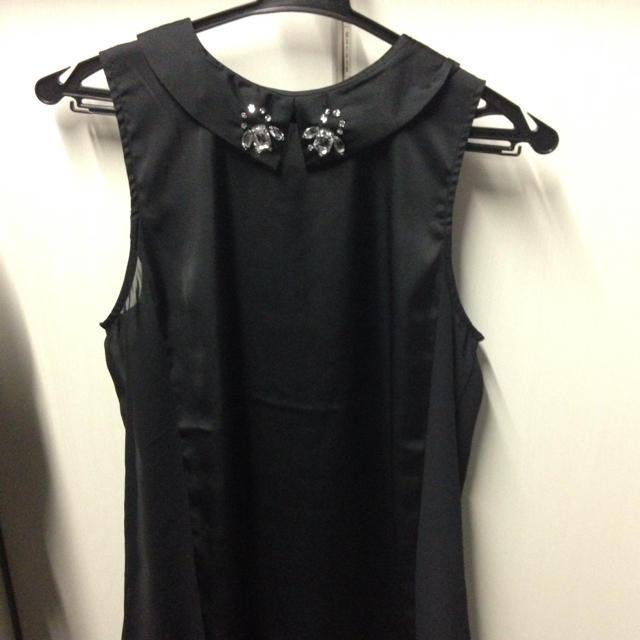 GU(ジーユー)のguビジュー襟つきブラウス レディースのトップス(シャツ/ブラウス(半袖/袖なし))の商品写真