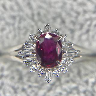 Laurant様専用ルビー 0.75ct  ダイヤ  0.3ct  リング(リング(指輪))