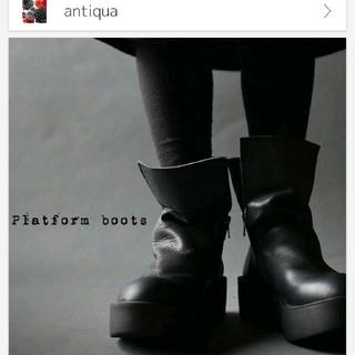 アンティカ(antiqua)のサイトでは完売!! 大人気ANTIQUA 厚底本革デザインブーツ(ブーツ)