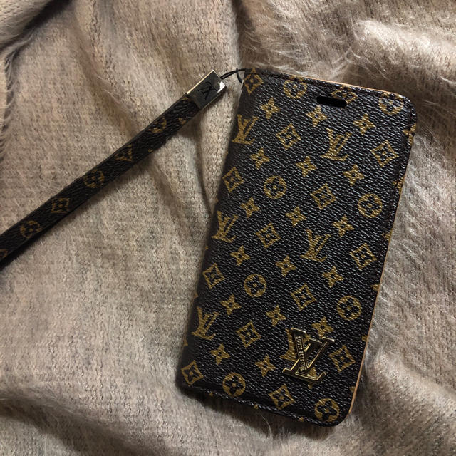 chanel iphone8plus カバー 財布型 | LOUIS VUITTON - iPhoneケース iPhone8 の通販 by M0813RK's shop|ルイヴィトンならラクマ