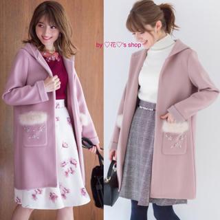 トッコ(tocco)の♡ピンク♡羽織るだけで可愛い♡ビジューファーポケットのフードコーディガン♡(ロングコート)