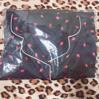 ジーユー(GU)の大幅値下げ中‼️‼️GU✩長袖いちごパジャマ(パジャマ)