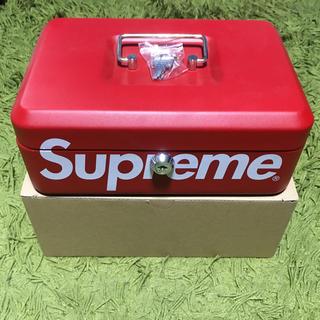 シュプリーム(Supreme)のsupreme  lock box(小物入れ)