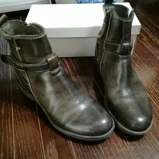 サヤ(SAYA)の⭐大幅値下げ❕サヤ ヴィンテージ加工ショートブーツ 22.5センチ 送料無料(ブーツ)