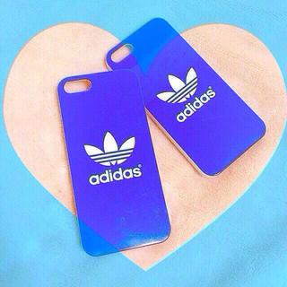 アディダス(adidas)のiPhoneカバー(モバイルケース/カバー)