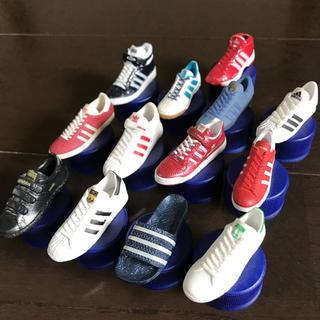 アディダス(adidas)のアディダススニーカー  ボトルキャップ(その他)
