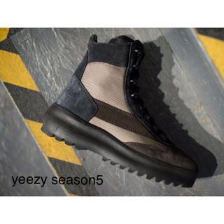 アディダス(adidas)の❤️ YEEZY SEASON 5 SUEDE MILITARY BOOT(ブーツ)