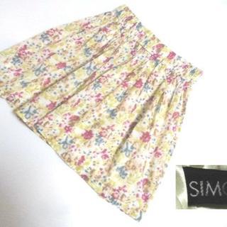 シモーヌリスト(SIMONE LIST)のシモーヌリスト SIMONE LIST 花柄 スカート(ミニスカート)
