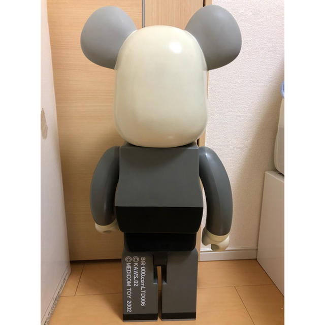 MEDICOM TOY(メディコムトイ)の超美品 kaws BE@RBRICK 1000% ベアブリック 1ST エンタメ/ホビーのフィギュア(その他)の商品写真