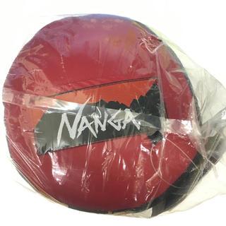 ナンガ(NANGA)のナンガ オーロラライト 600DX レッド レギュラー 寝袋 シュラフ(寝袋/寝具)