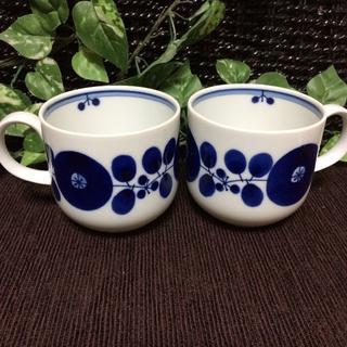 ハクサントウキ(白山陶器)のコメントで5%引き!【新品】白山陶器 ブルーム リース ペア マグカップ(グラス/カップ)