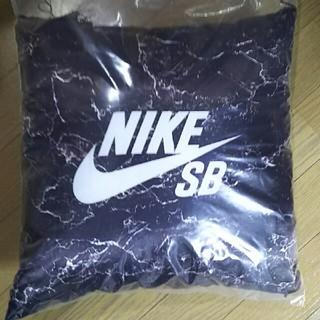 ナイキ(NIKE)のNIKE SB 非売品 クッション(その他)